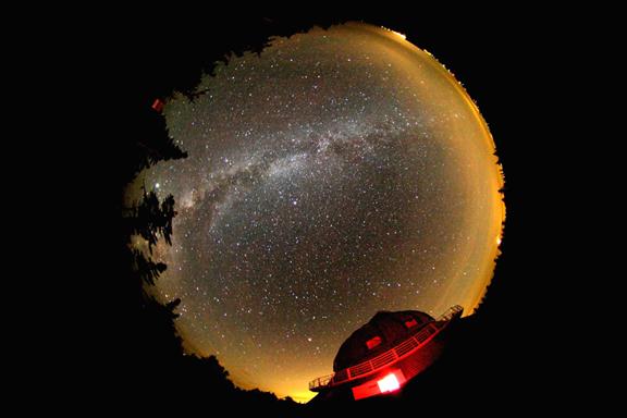 Un étrange phénomène observé dans le ciel de Côte-d'Or 1660ISOMEG